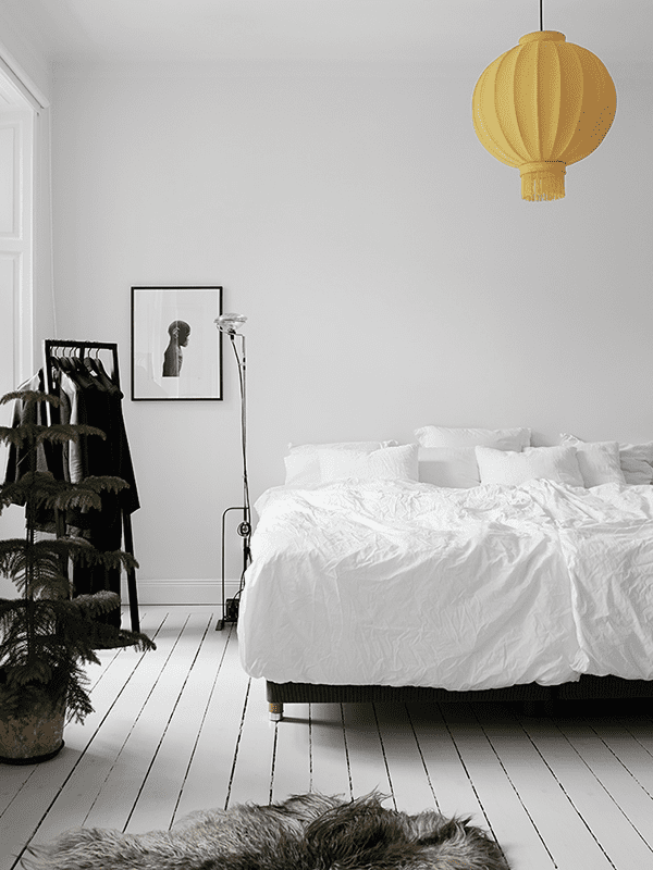 Keltainen lamppu kristoferJohnsson_01