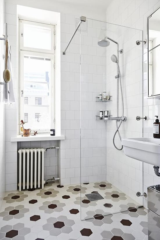 remontti kylpyhuonen 3